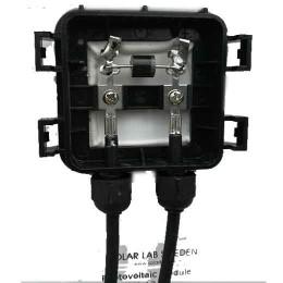 Solpanel 50W monokristallin, kontaktbox med bypass diod